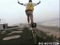 Thumbnail of Crazy bycicle rider