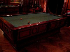 Thumbnail of Self leveling pool table
